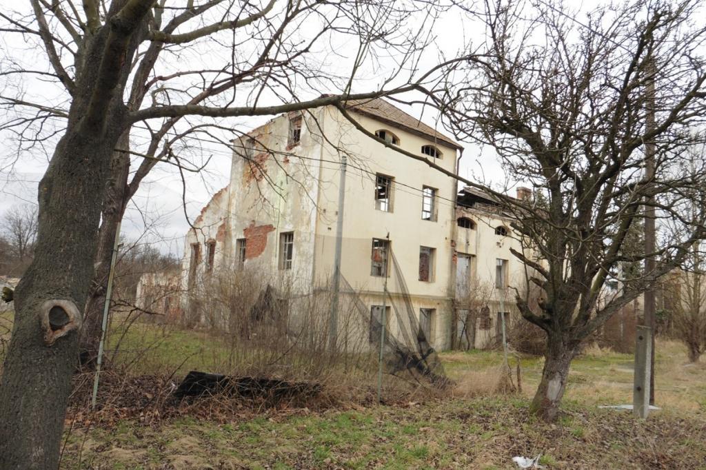 Areál provozních budov ve Vilémově (okres Chomutov)